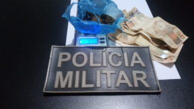 Foto de Polícia Militar prende jovem por tráfico de drogas em Sonora |