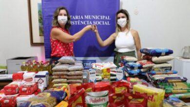 Foto de EXEMPLO – Durante vacinação, Profissionais de salvamento e segurança doam alimentos para famílias carentes de Três Lagoas