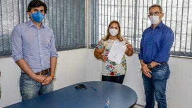 Foto de Médicos e técnicos tomam posse e reforçam a saúde e outros setores de Três Lagoas