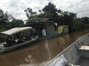 Polícia Militar Ambiental de Miranda auxilia às Secretarias Estadual e Municipal de saúde na vacinação das populações tradicionais ribeirinhas do rio Miranda |