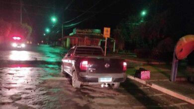 Foto de Polícia Militar conduz homem à delegacia por cometer direção perigosa em Paranaíba |