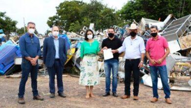 Foto de Prefeitura doa materiais inservíveis e sucatas para Apae de Três Lagoas