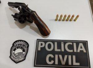 Foto de Homem suspeito de portar arma de fogo é preso pela Polícia Civil