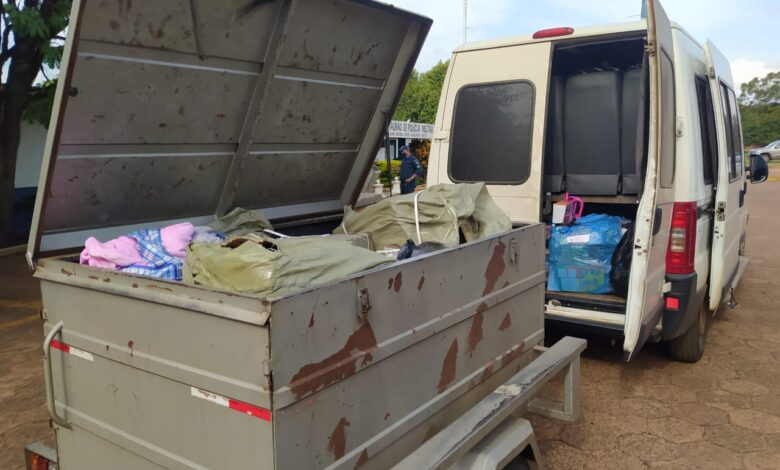 Em menos de 3 horas Polícia Militar apreende dois veículos transportando grande quantidade de produtos de descaminho |