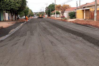 Obra de infraestrutura urbana do bairro Santa Rita segue sendo executada pela Prefeitura