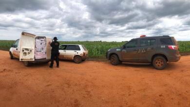 Foto de Veículos carregados com produtos contrabandeados do Paraguai foram apreendidos pelo DOF durante a Operação Hórus |