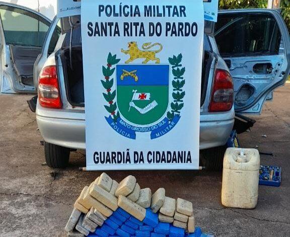 Em Santa Rita do Pardo, Polícia Militar prende traficante de drogas e apreende veículo carregado com 66 tabletes de maconha. |