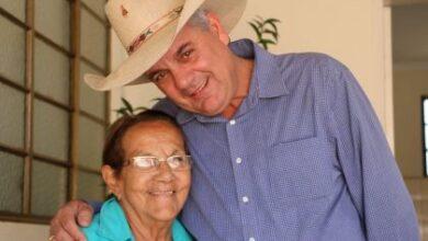 """Foto de Prefeitura decreta luto oficial por três dias pela morte da Sra. Visitação Veron da Mota """" Tia Nega"""""""